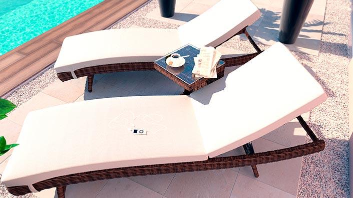 Ulli L - 2 Bains de soleil avec table d'appoint